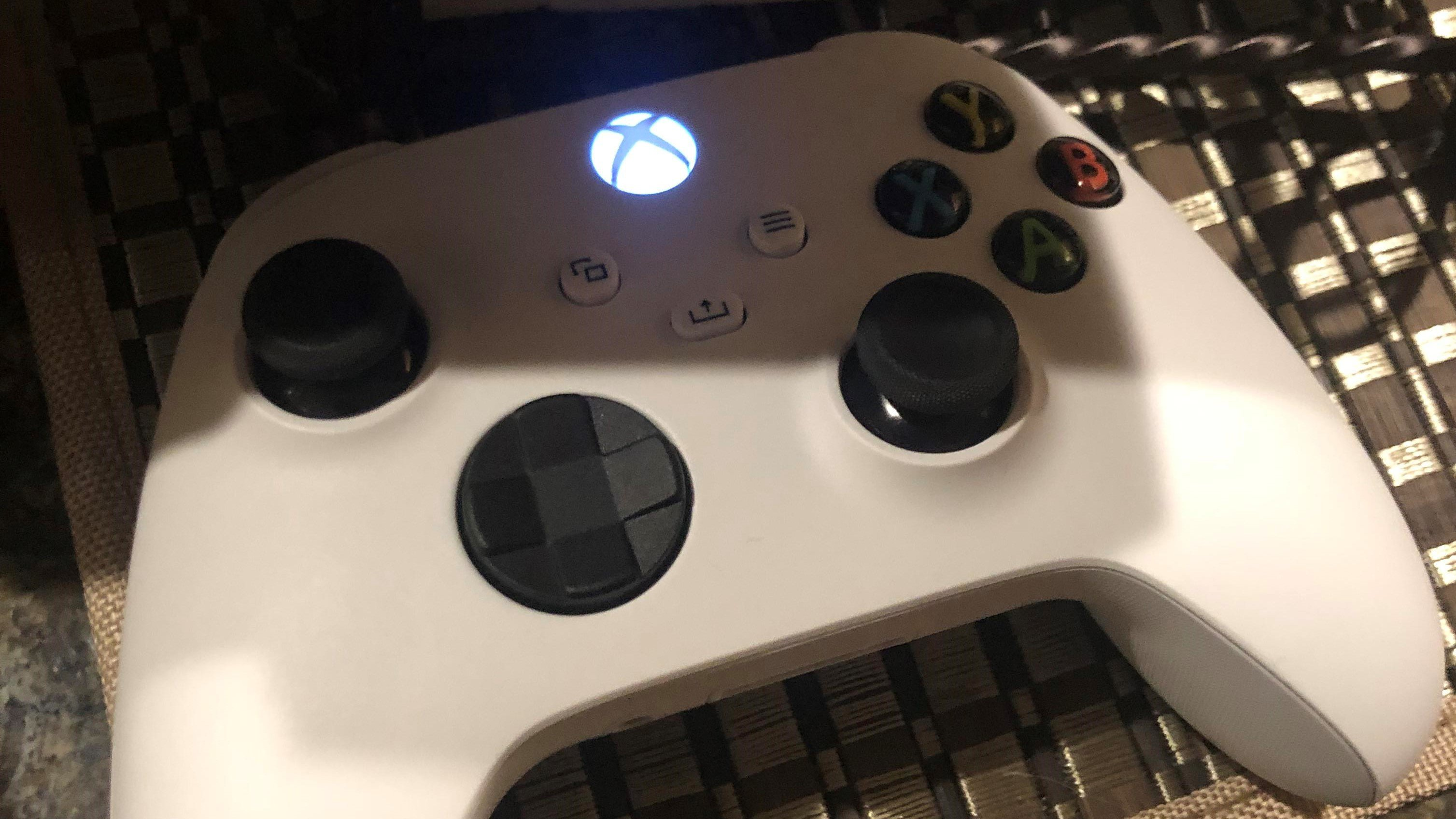 White Xbox Series X Controller Appears Online Is It The Real Deal Xbox News