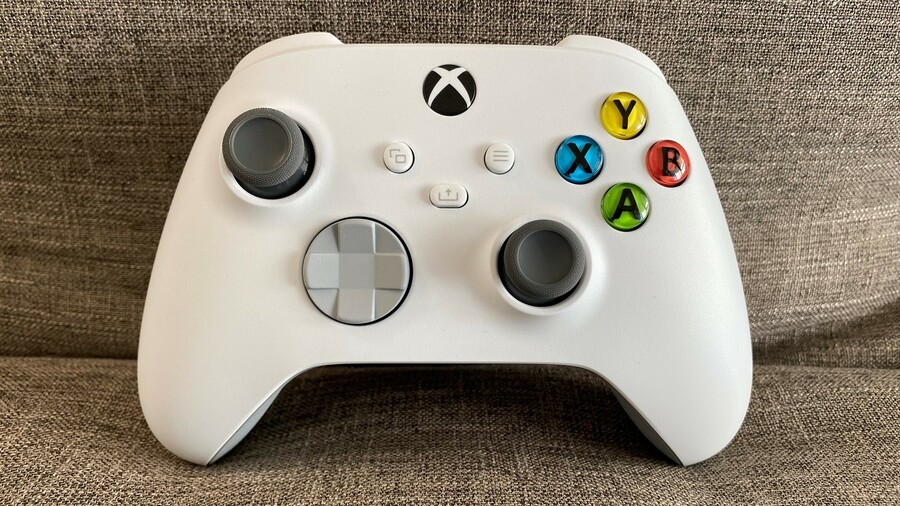 The New Xbox Design Lab Allows You To Make An 'Xbox 360 Throwback' Controller