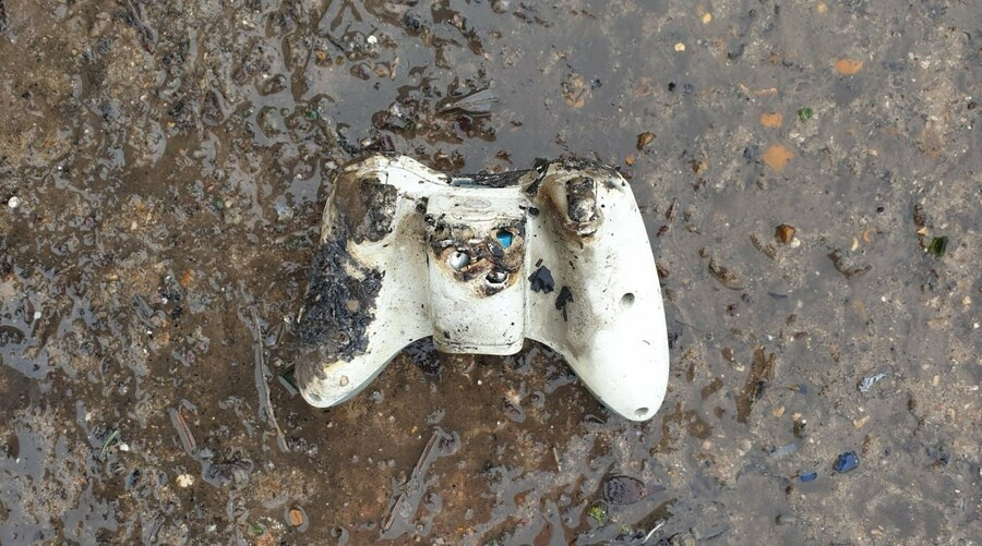 Random: Disposed Xbox Controller Named The Culprit In UK Lorry Fire